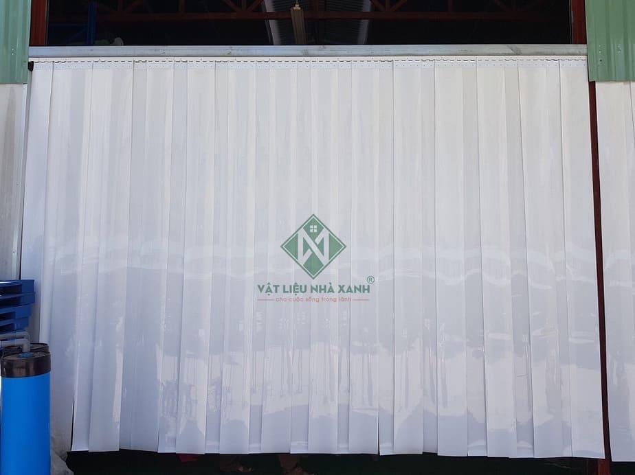 Rèm nhựa PVC ngăn lạnh trắng đục