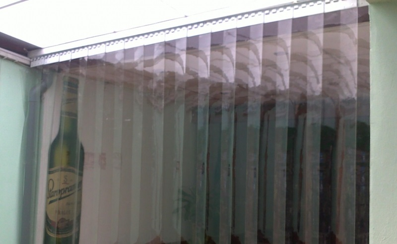 Rèm nhựa PVC cách nhiệt là sản phẩm ngăn lạnh điều hòa hiệu quả nhất