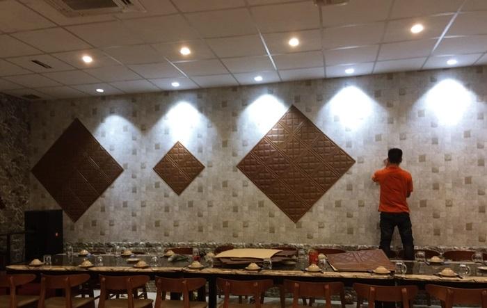 Thi công dán tường bằng xốp một cách dễ dàng