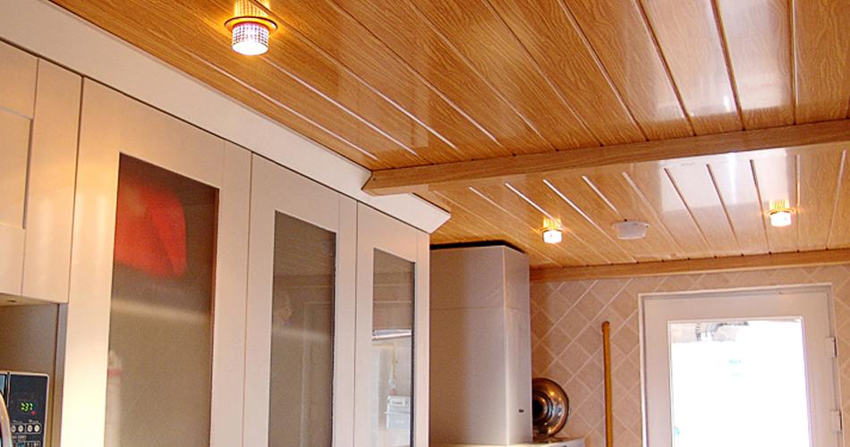 Trần nhựa cao cấp giả gỗ mang lại nét sang trọng